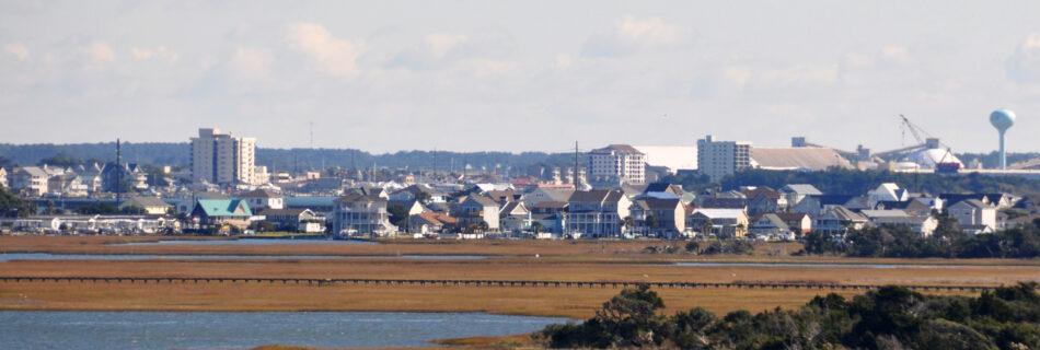 https://commons.wikimedia.org/wiki/File:Morehead_City.jpg